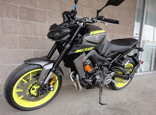 Review Motor Terbaru Yamaha MT-09 Tracer Dengan Suspensi Depan