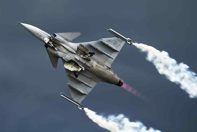 Saab Gripen, força aérea sueca encomendou mais 60 unidades