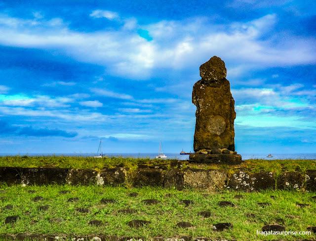 Moai (estátua de pedra) na Ilha de Páscoa