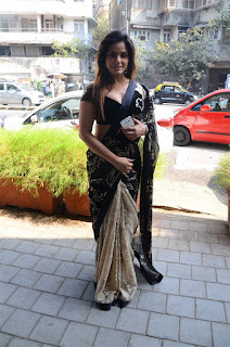 Neetu Chandra in Black Saree at Designer Sandhya Singh Store Launch Mumbai (50).jpg