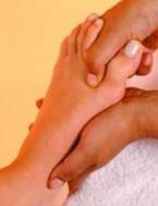 titik pijat refleksi sakit punggung pria dan wanita