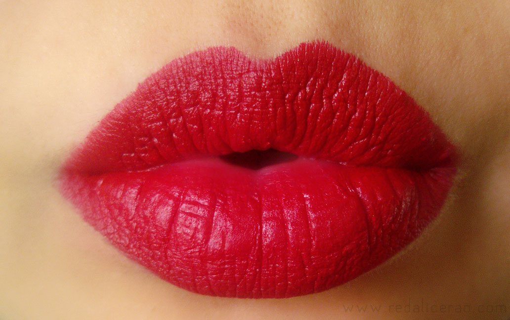 L'Oreal Pure Reds in Jlo Swatch, L'Oreal Pure Reds Star Collection, Jlo, Frieda Pinto, Pure reds, Red Lisptick, Matte lipsticks, Matte red, Makeup, Loreal Paris, Beauty blog, Lisptick swatches, red lips, Sexy Lips, Pure Amarathe, Pure Ruby Red Star Collection, red alice rao, redalicerao