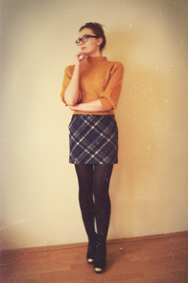 mustard_sweater02