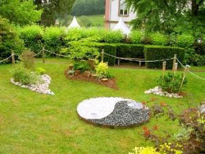 canto do feng shui by cris ventura harmonia no jardim. Black Bedroom Furniture Sets. Home Design Ideas