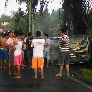 Adu Kambing, Grand Max VS Avanza 2 Orang Hangus Terpanggang