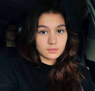 Zoe Abbas Jackson Cantik