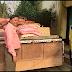 করোনার জেরে খাদ্যসামগ্রীর মূল্যবৃদ্ধি: সহায়তায় এগিয়ে প্রশাসনের হাতে চাল-ডাল প্রদান ব্যবসায়ীর