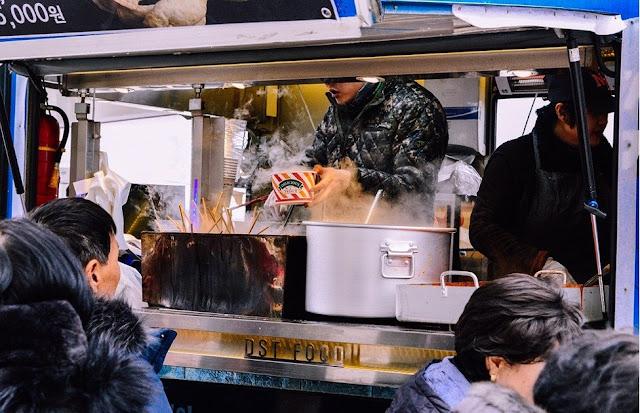 food van serving customers