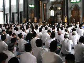Jelang Unas, Ribuan Siswa Di Jombang Gelar Doa Bersama di Masjid dan Gereja