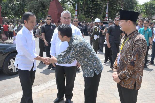 Kunjungi Trenggalek, Presiden Jokowi Sosialisasikan Penggunaan Dana Desa