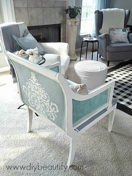 Chalk painted chair www.diybeautify.com