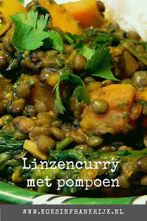 Indiase vega(n) linzencurry met pompoen, spinazie, rode peper en rozijnen.