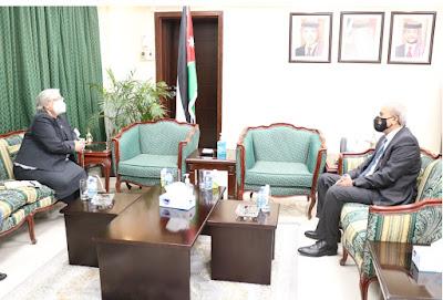 السفيرة الكندية تزور عمان لبحث التعاون المشترك بينهما