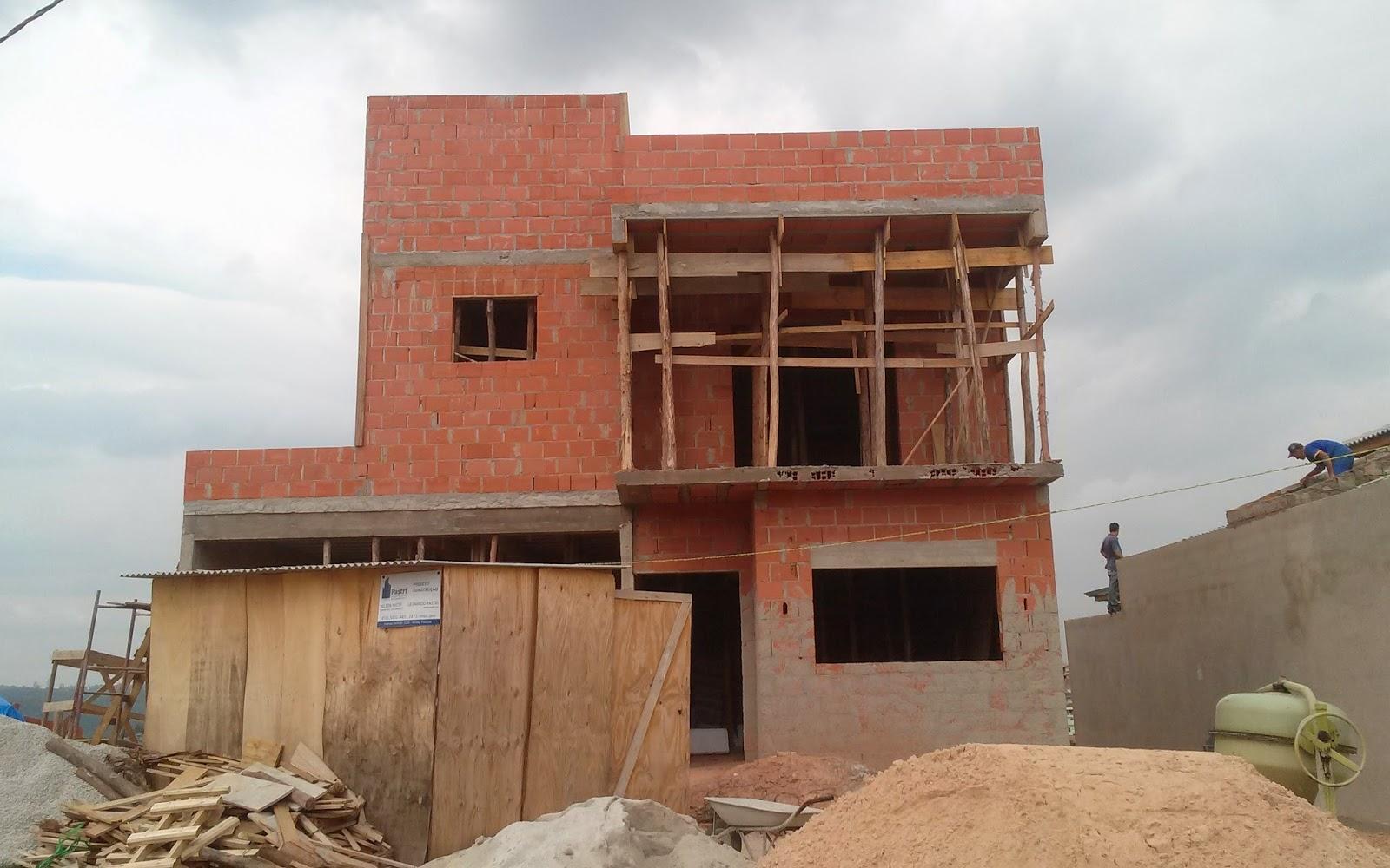 Construindo casas platibanda e telhado for Casa moderna l