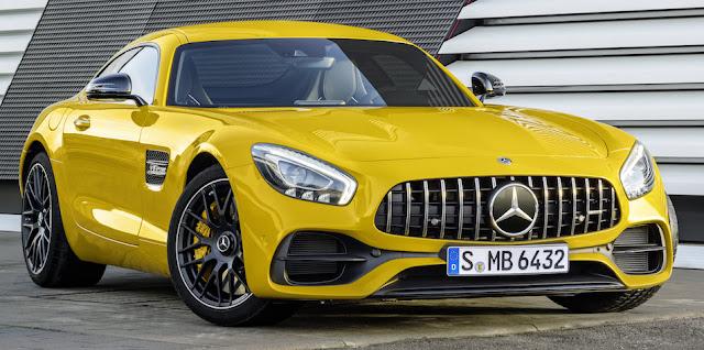 メルセデスAMG GTのマイナーモデルチェンジを発表!高性能な「GT Cクーペ」も登場。