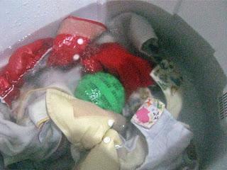 Mencuci clodi dengan Ecowash laundry Ball