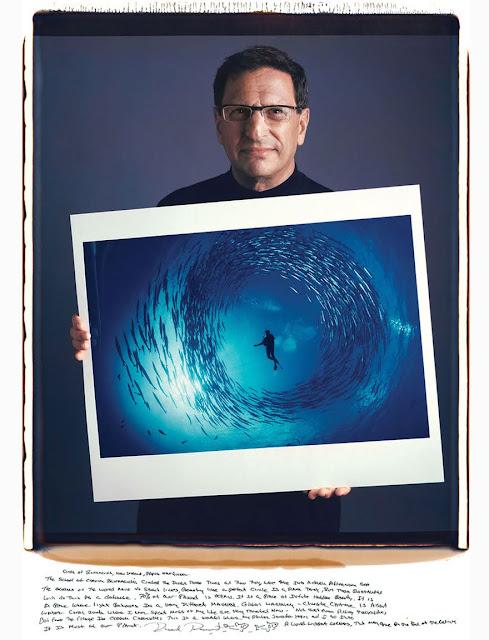 【影像故事】拍下那些經典的攝影師,究竟是誰? - David Doubilet - Circle Of Barracuda