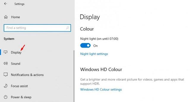 تغيير معدل تحديث الشاشة في جهاز كمبيوتر يعمل بنظام وينذوز 10