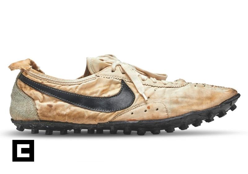 """Nike modelo """"Moon Shoe"""""""