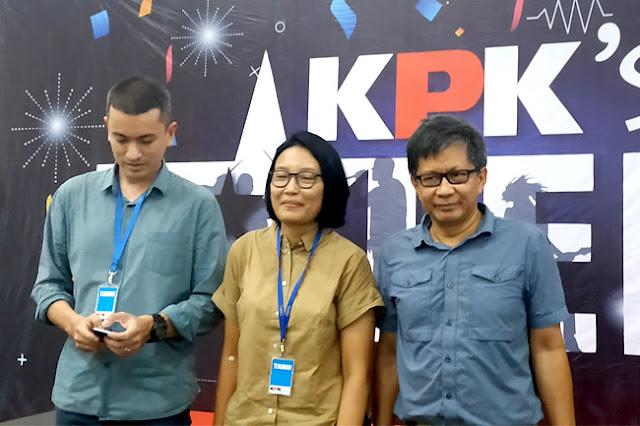 Rocky Gerung Duga Polisi 'Diperintah' Jokowi Masuk KPK