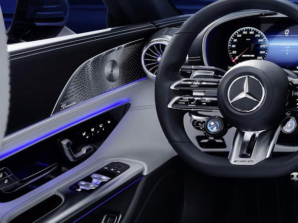 Novo Mercedes-AMG SL 2022 tem interior revelado - fotos