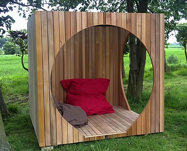 Natural modern interiors garden pods hanging playrooms for Best garden rooms