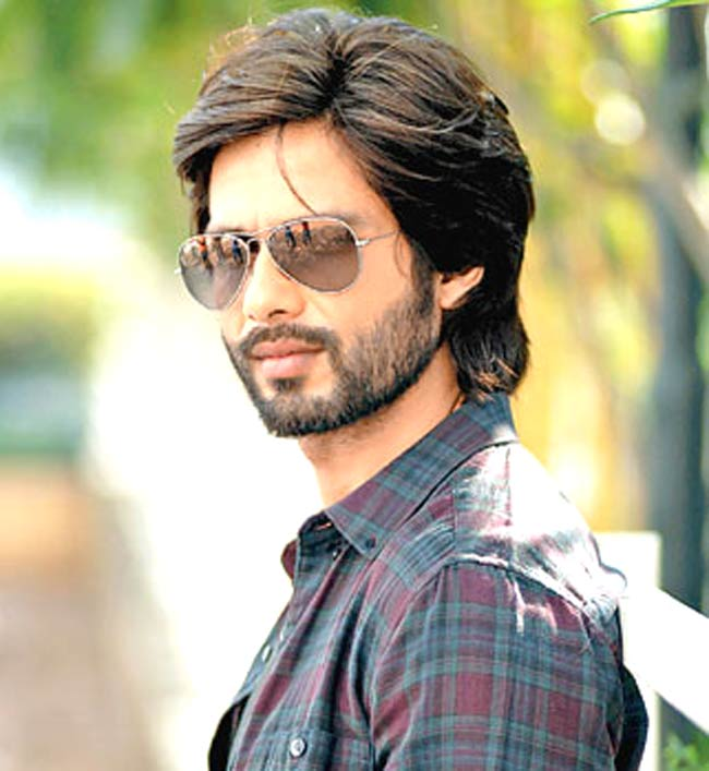 Shahid Kapoor Biography, Wiki, Dob, Height, Weight, Wife ...