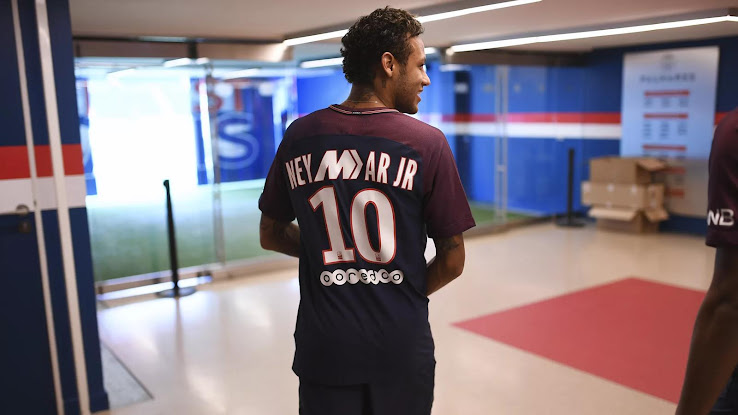 6cc4989a ... of the Nike Mercurial, the Swoosh has released a couple of special- edition PSG jerseys for Neymar and Mbappé, two of the main faces of the  model.
