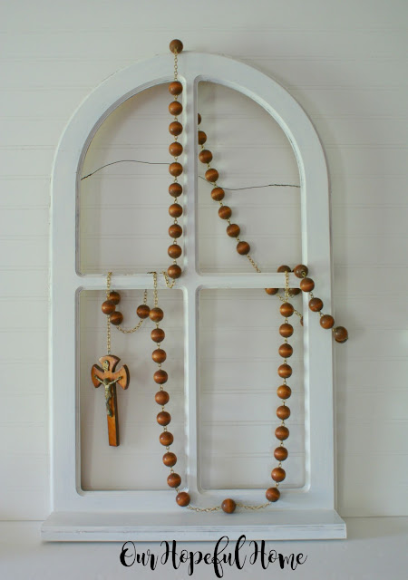 DIY Farmhouse wood bead garland from oversized rosary