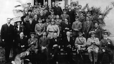Los cuarenta ladrones y Gertrude Bell, a la salida de la Conferencia de El Cairo de 1921
