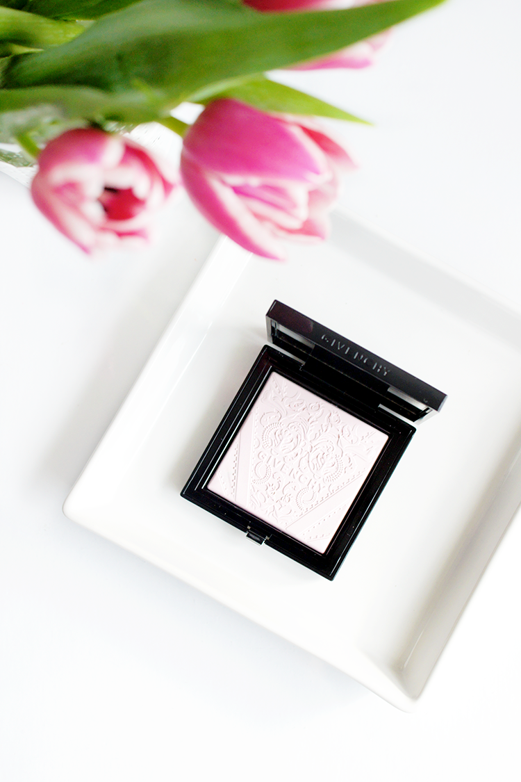 highlighter-givenchy-radiance-powder-review