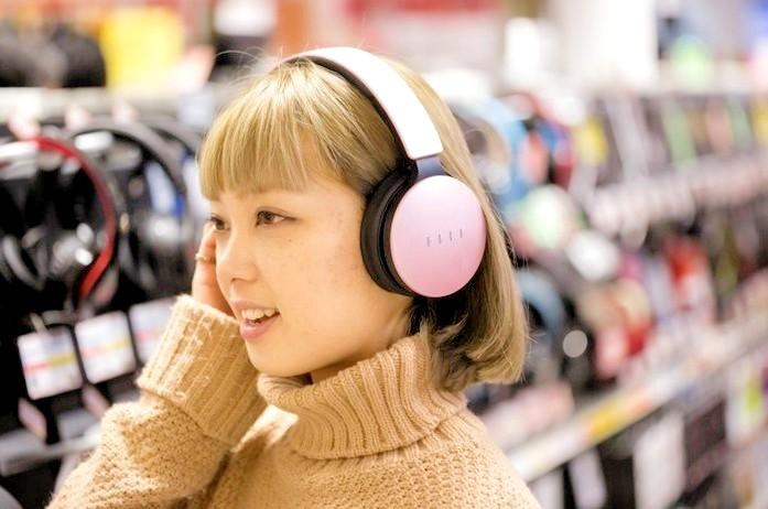 review menggunakan headset terbaik