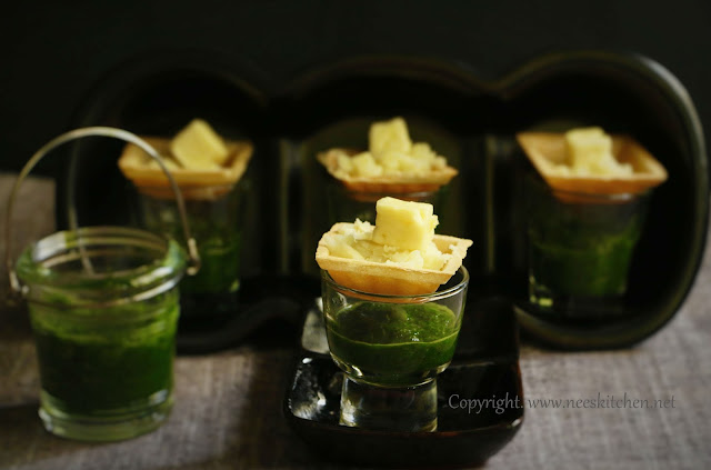 Canapes Potato Paneer Bites with Green Chutney