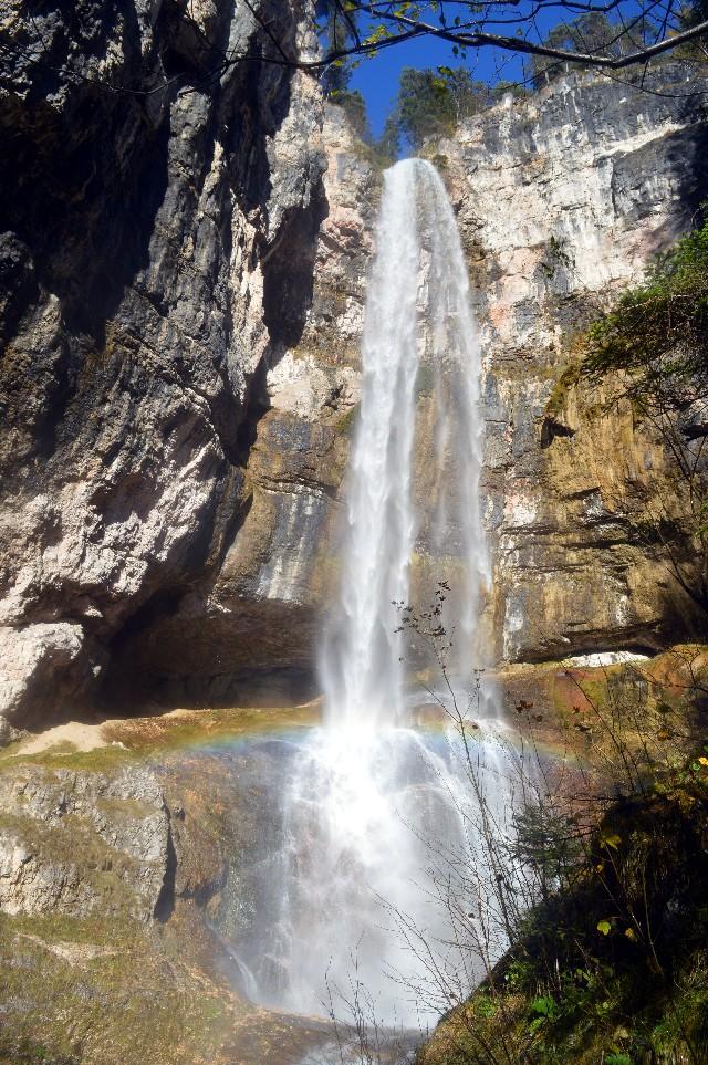 escursione cascata di tret val di non