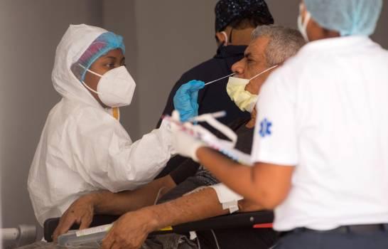 Positividad por COVID-19 sigue en aumento; Barahona registra 13  y 644 nuevos contagios a nivel nacional.