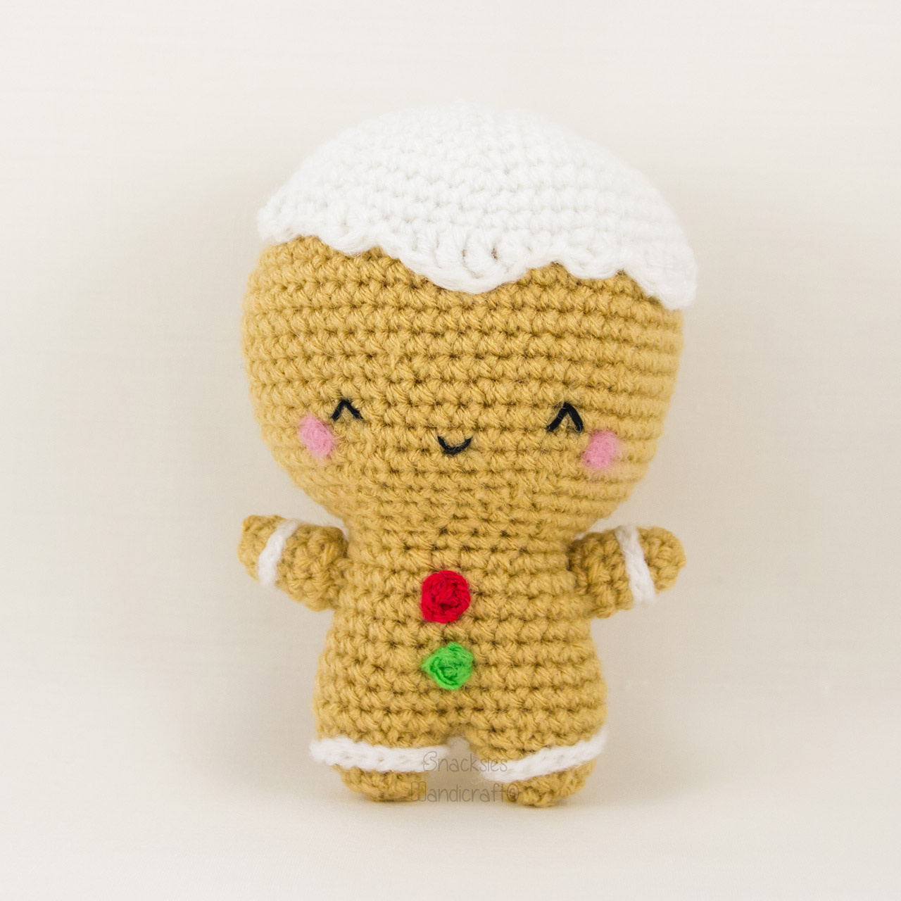crocheted-gingerbread-man-christmas-amigurumi