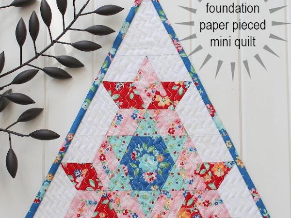 Star Flower Mini Quilt Pattern + Your Free September 2018 Calendar