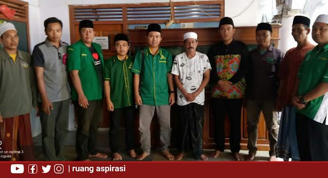 Peringati Harlah Ansor ke 86, PAC GP Ansor Kapongan Gelar Baksos dan Jalin Silaturahim Dengan Para Masyaikh