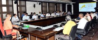 मुख्यमंत्री योगी ने 'ईज ऑफ डुइंग बिज़नेस' के सम्बन्ध में समीक्षा बैठक की