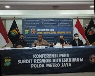 Penetapan Tersangka Terhadap Habib Rizieq Shihab Terkait Dugaan Pelanggaran Protokol Kesehatan di Petamburan, Jakarta