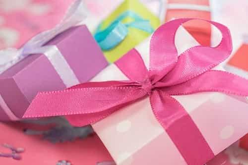 لف الهديا - أفضل طرق لف الهدايا - هدايا عيد الحب - لف هدايا عيد الحب - أسهل طرق لف الهدايا - Ways to wrap gifts