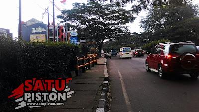 Corona Menerjang, Jalanan di Kota Bandung Tampak Sepi