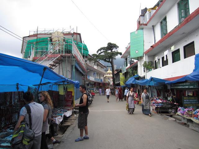 mcleodganj market