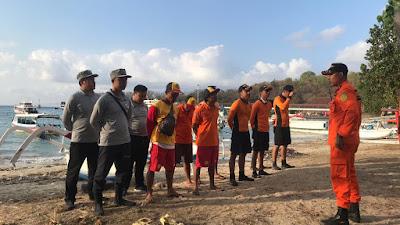 Pengawak SPKKL Karangasem Cari Nelayan Hilang di Perairan Seraya