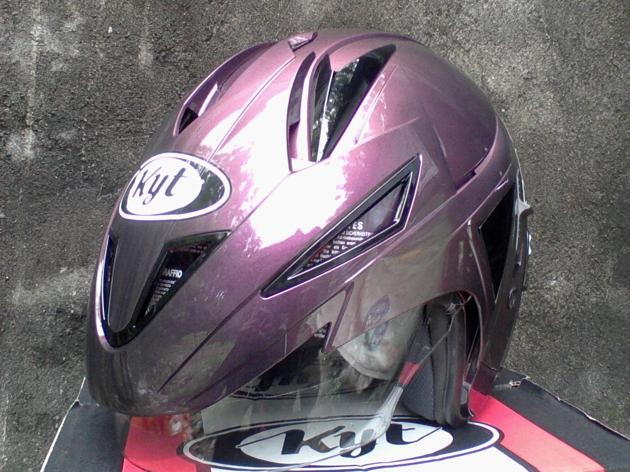 Helm KYT SCORPION KING Ungu  Helm Vespa