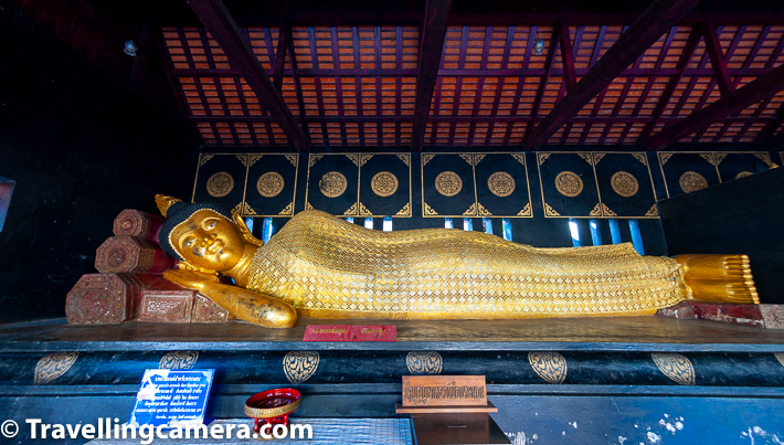 Above photograph shows one part of the temple with Reclining Buddha inside Wat Chedi Luang.