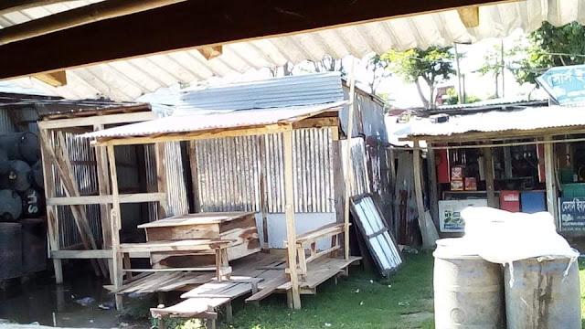কুয়াকাটায় সরকারী বিধিনিষেধ অমান্য করে তোলা অবৈধ স্থাপনা অবশেষে বন্ধ করা হলো