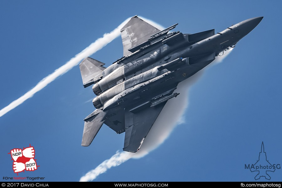 Massive condensations as the Solo F-15SG pulls the Gs
