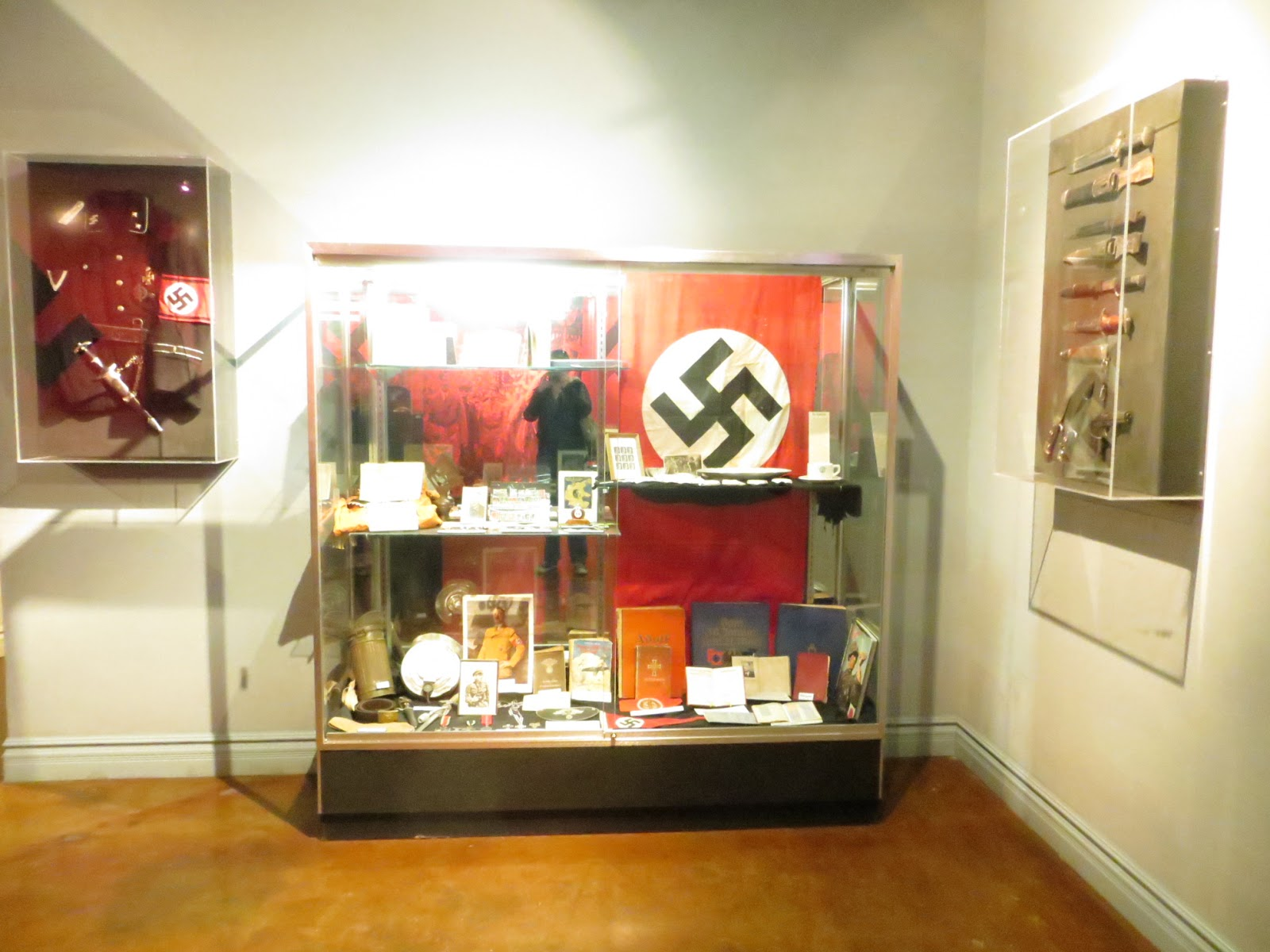 Big History on a Small Stage El Paso Holocaust Museum and