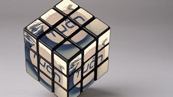 Share PSD Mockup Rubik 3D